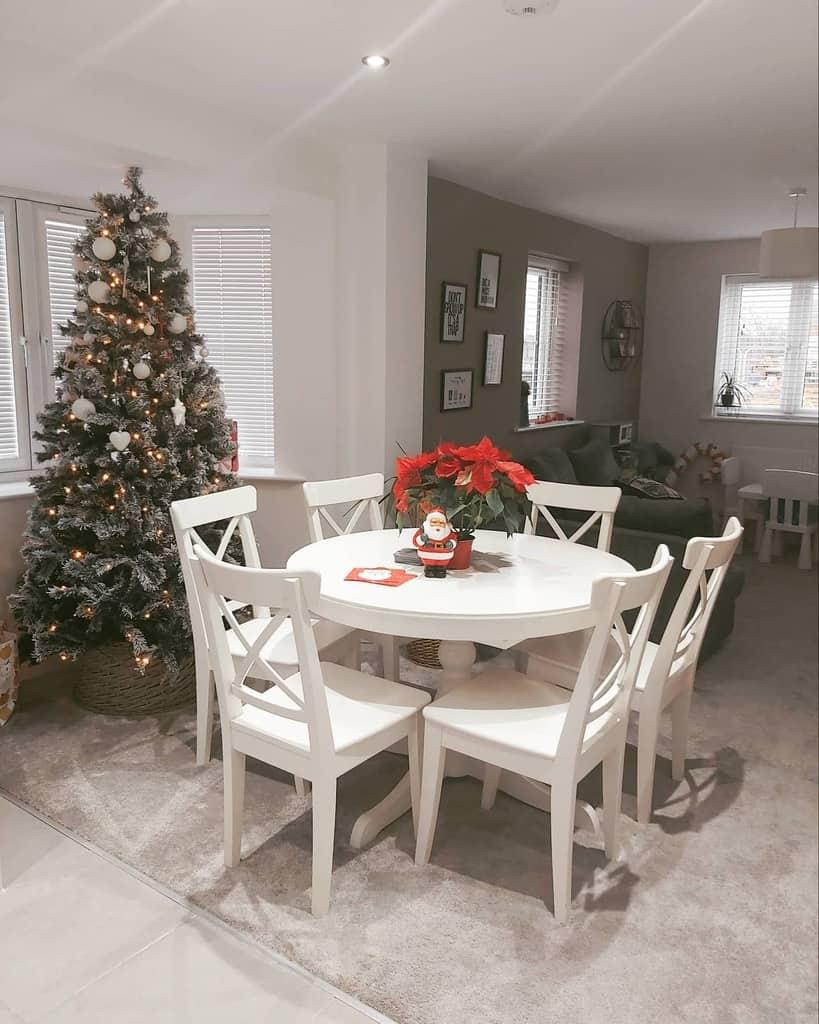 Dining Area Bay Window Ideas -our_castleford_casa