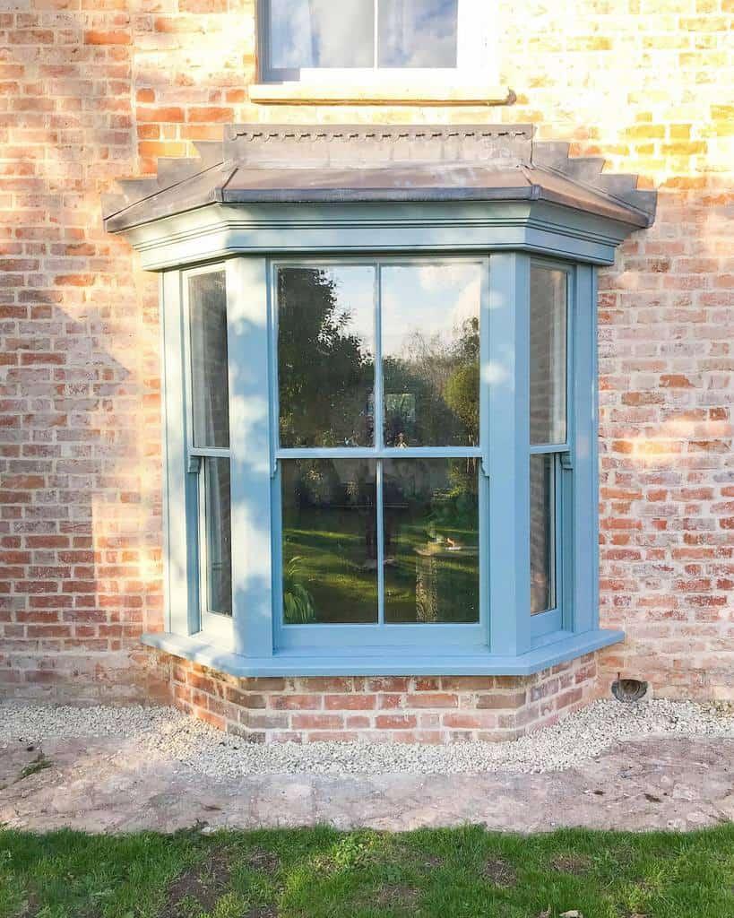 Exterior Bay Window Ideas -emeliaerland_studio_rien