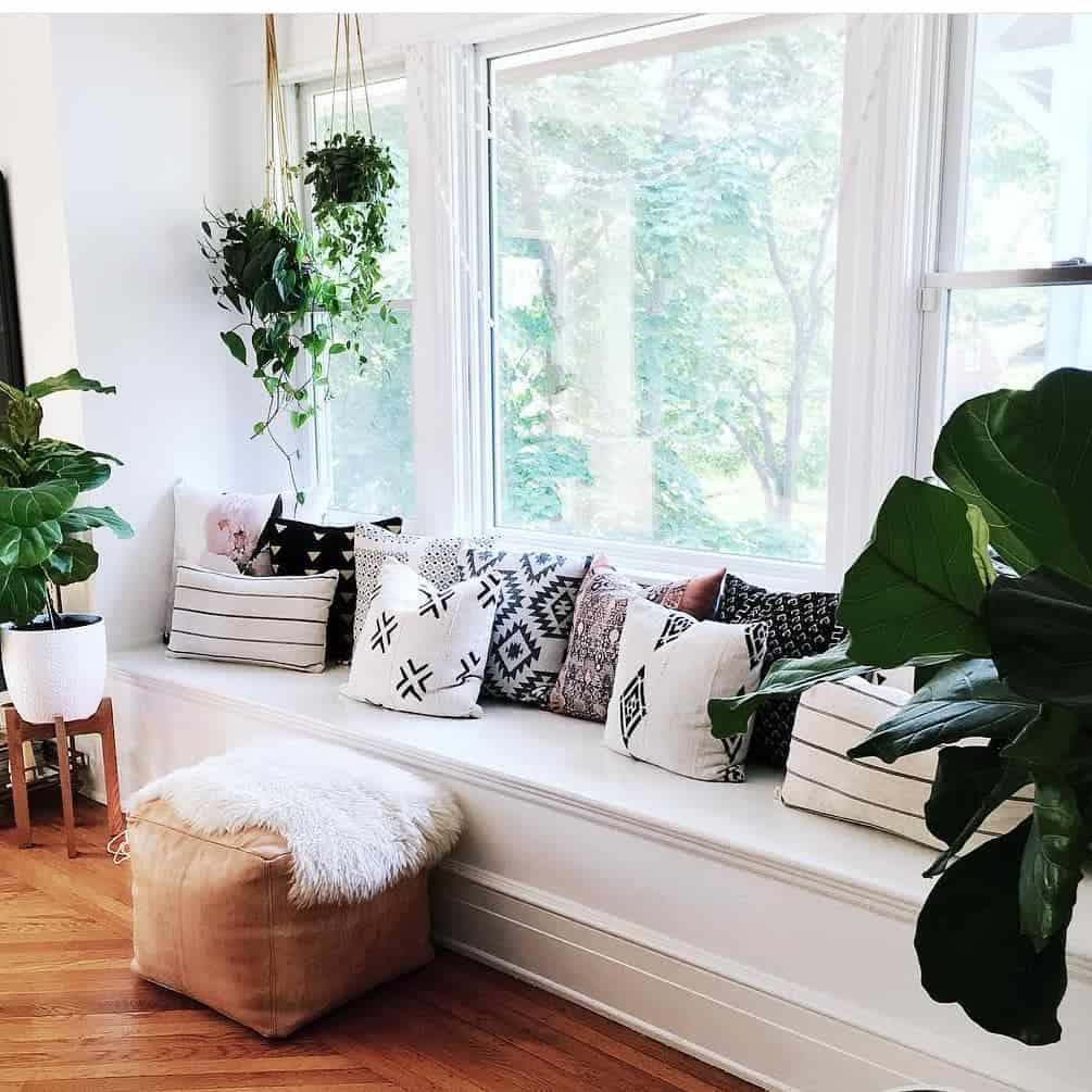 Modern Bay Window Ideas -home.and.boho