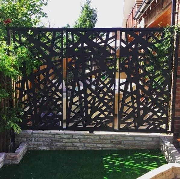 Modern Outdoor Privacy Screen Ideas -showminepanouridecorative