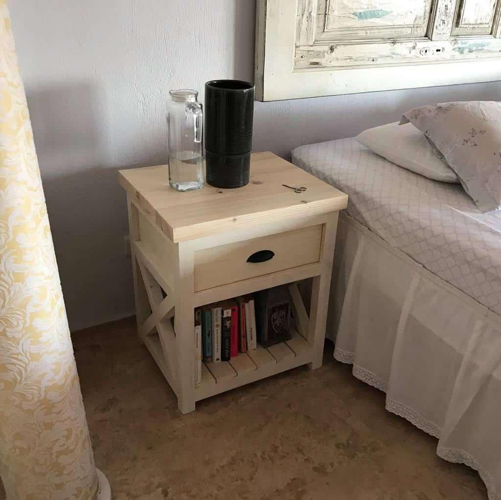 Nightstand Pallet Furniture Ideas -7artwood
