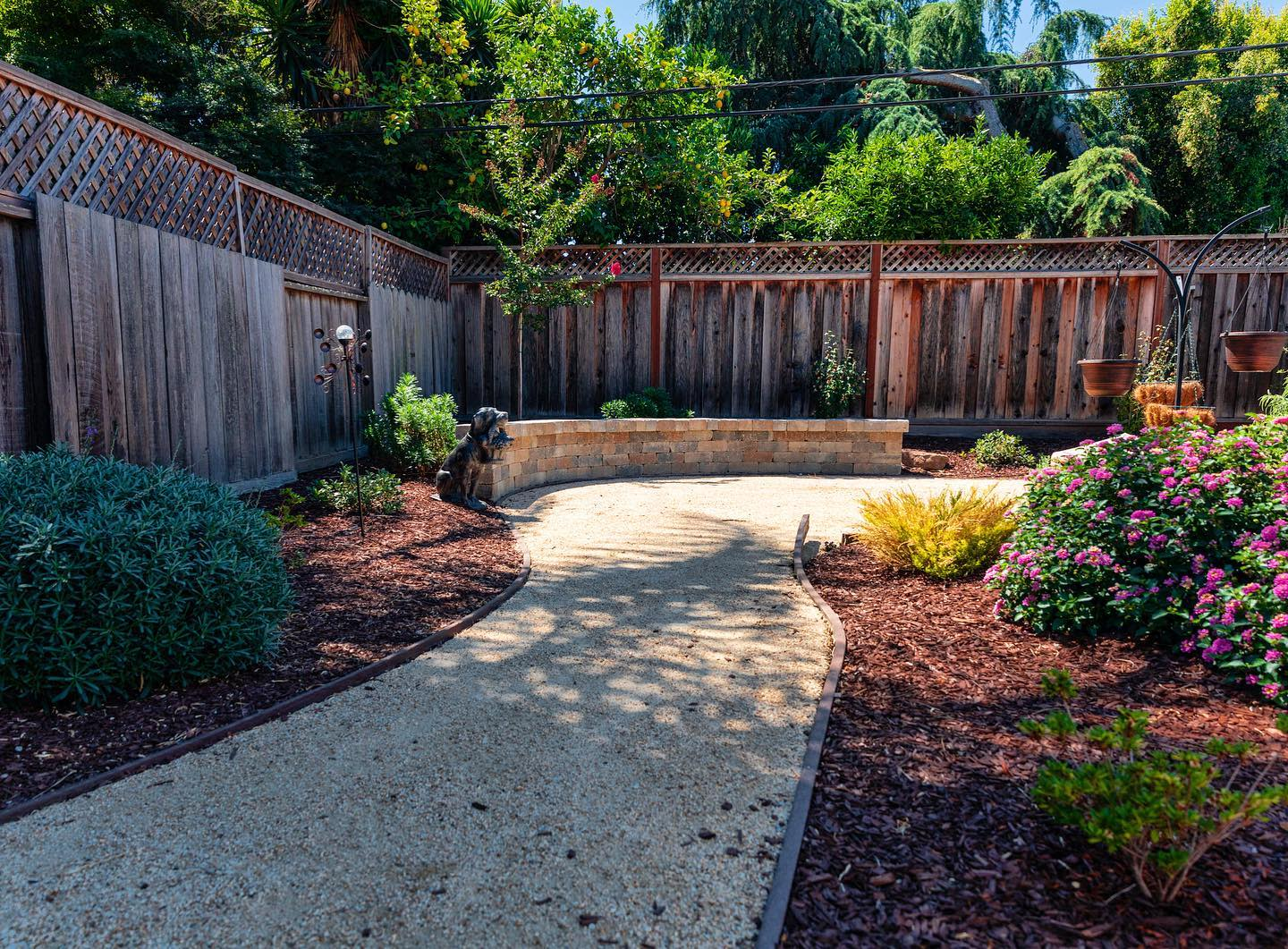 Curve Appeal Simple Landscaping Ideas -cal_landscaping