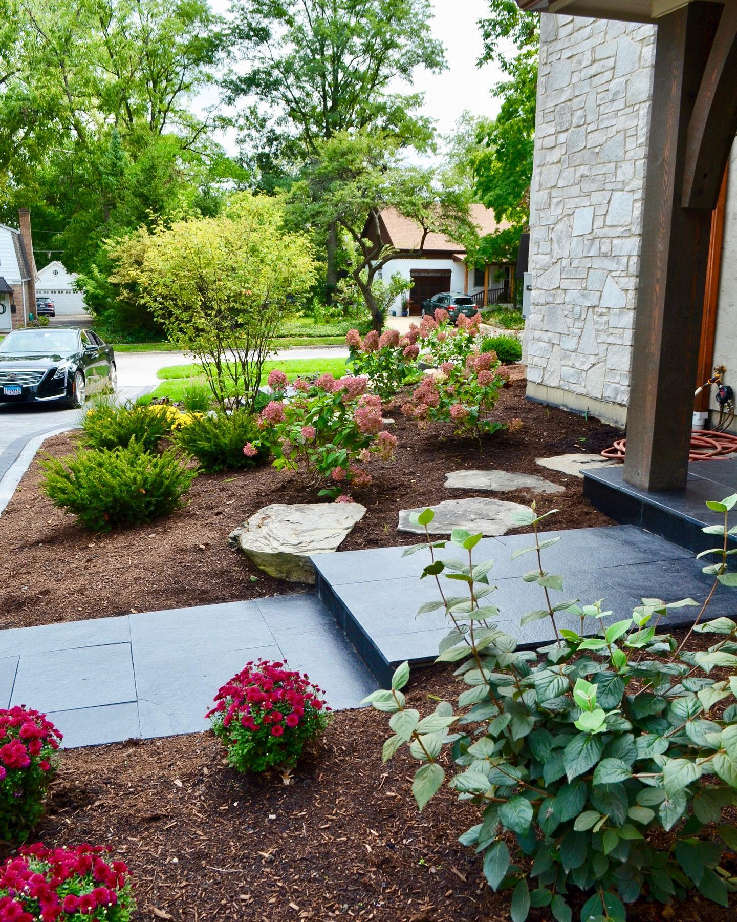 Front Yard Simple Landscaping Ideas -landscapecreationsdupage