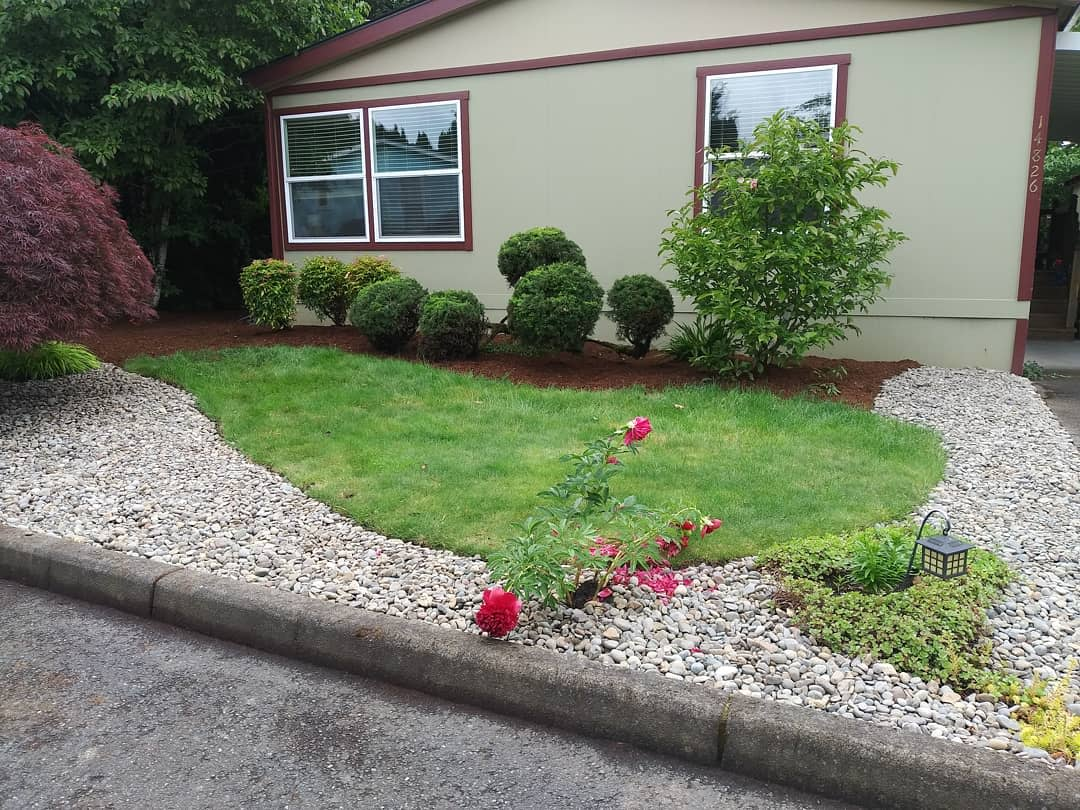 Low Maintenance Simple Landscaping Ideas -sassafraslandscape