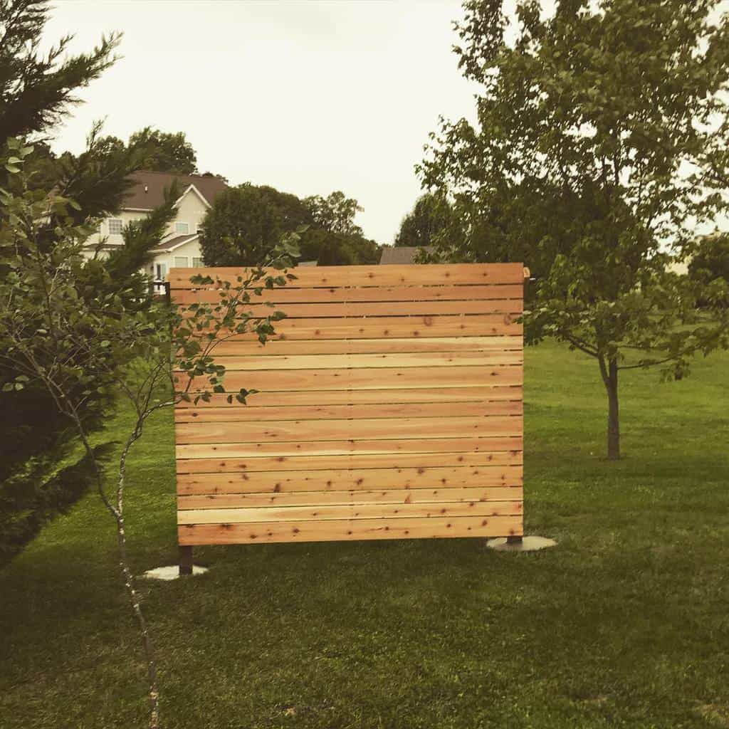 Wood Outdoor Privacy Screen Ideas -kuhnskustoms
