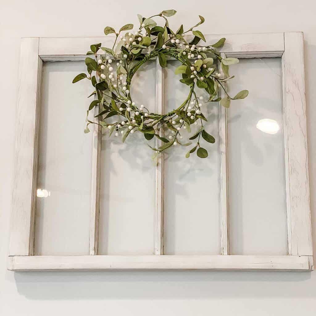 Wreath Old Window Ideas -carr.it.home