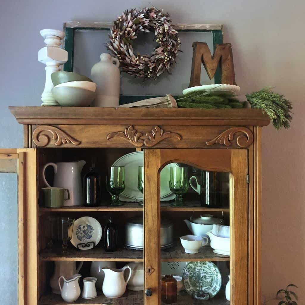Wreath Old Window Ideas -joleshomejewels