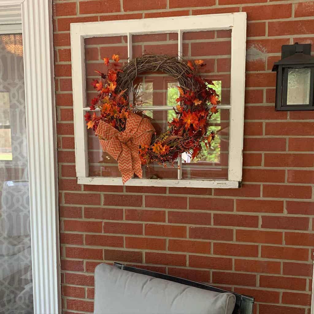 Wreath Old Window Ideas -realestateinthe757