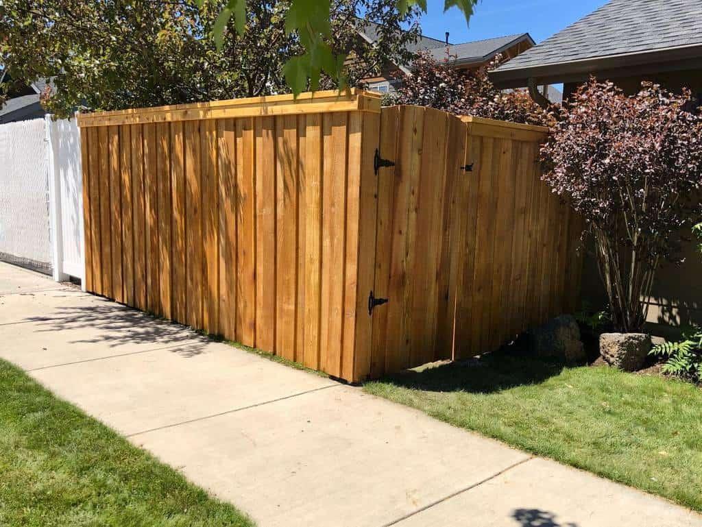 Backyard Pallet Fence Ideas -oregon.ranch.fence