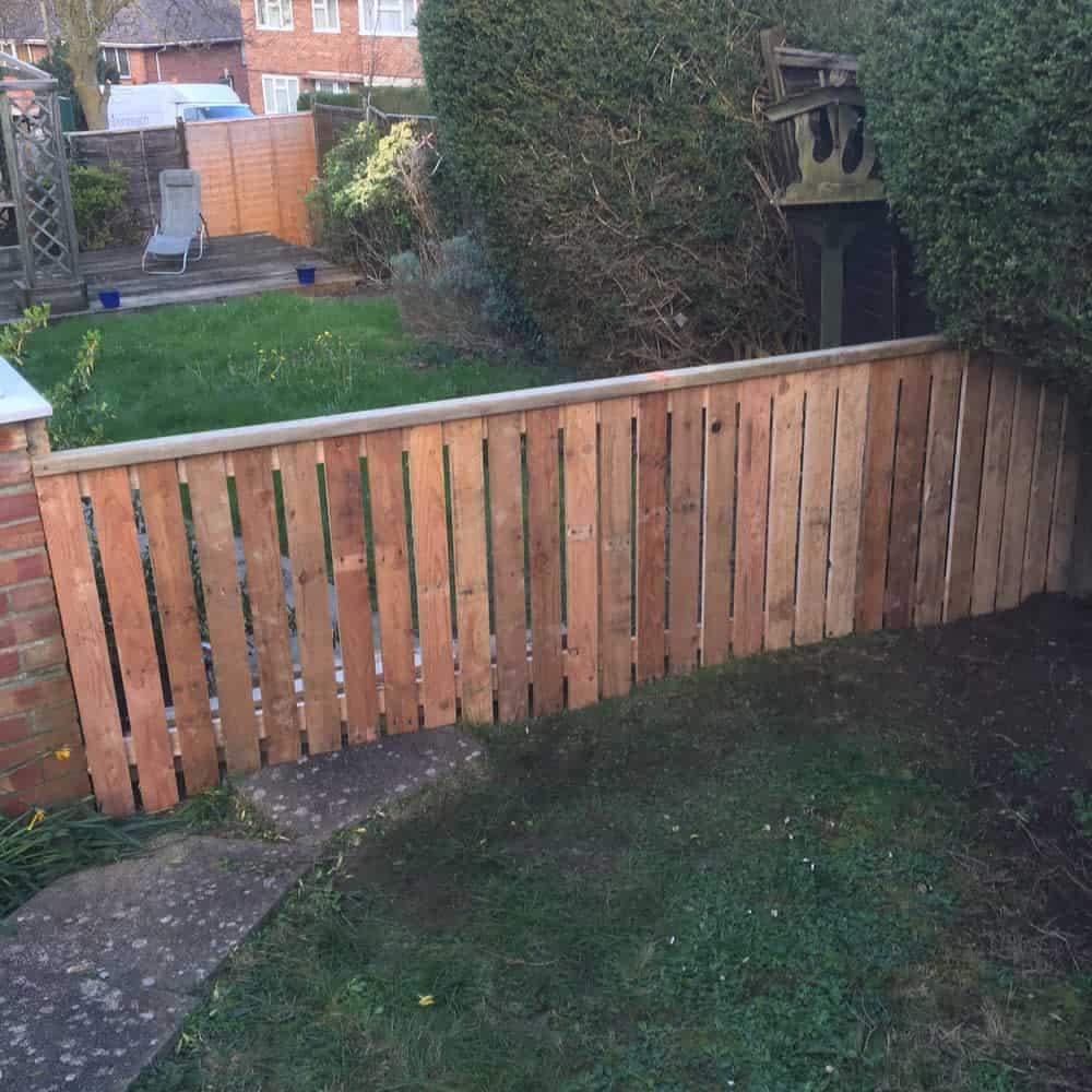 Backyard Pallet Fence Ideas -rossconnor_wudworks