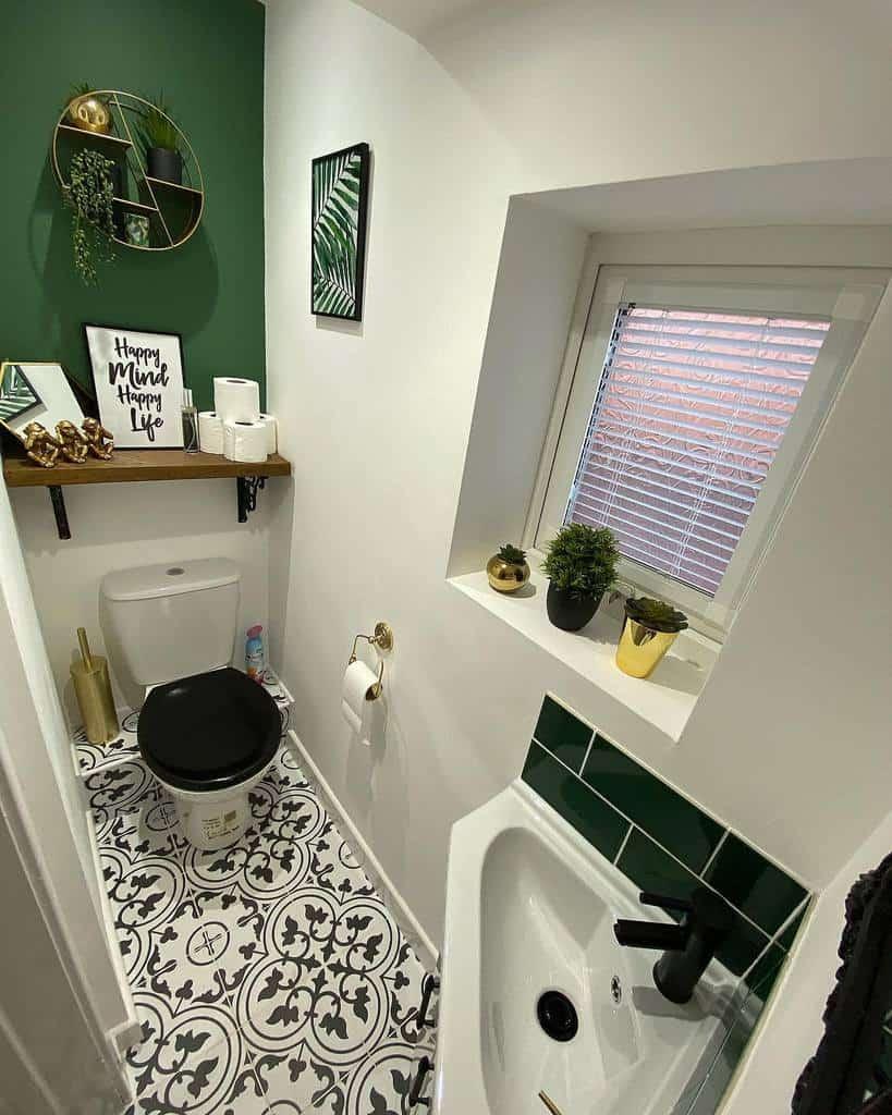 Bathroom Tiny House Ideas -housetohome_themeadows