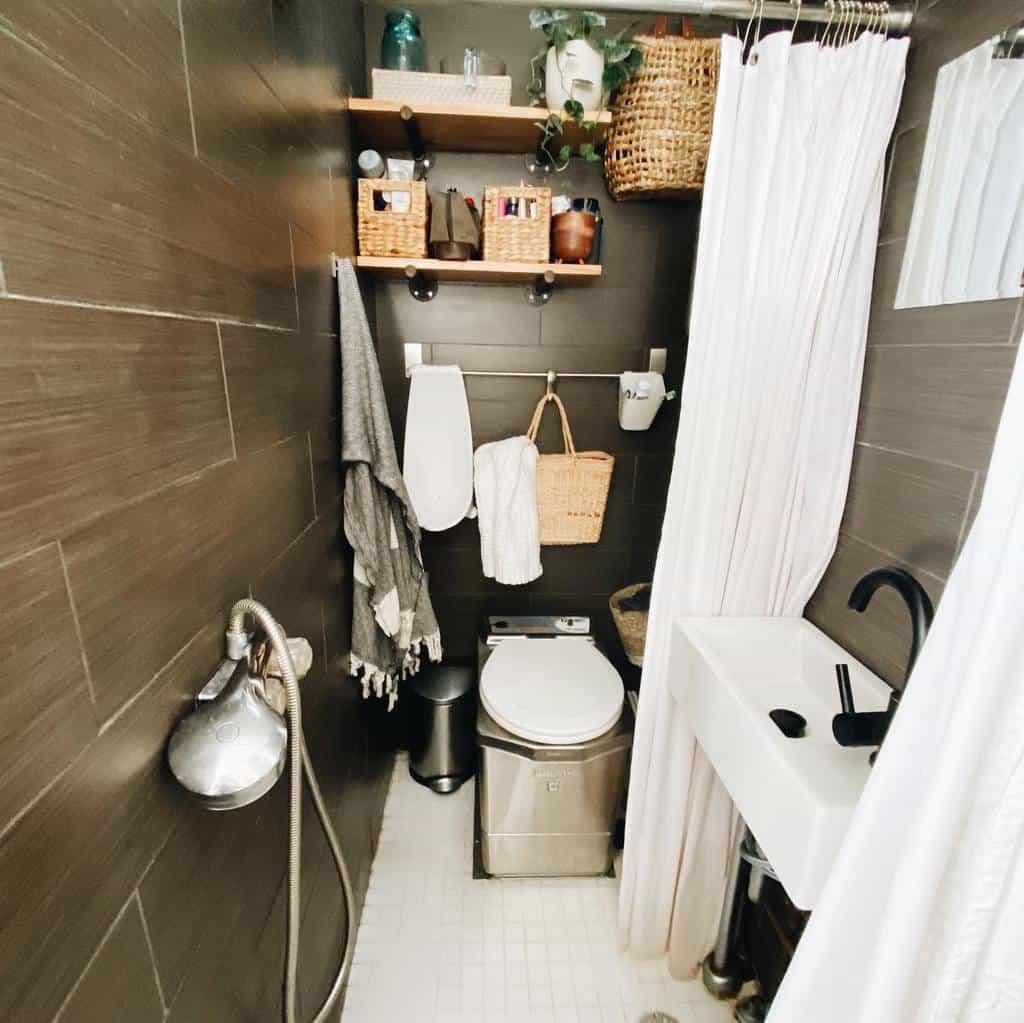 Bathroom Tiny House Ideas -shannonsoine