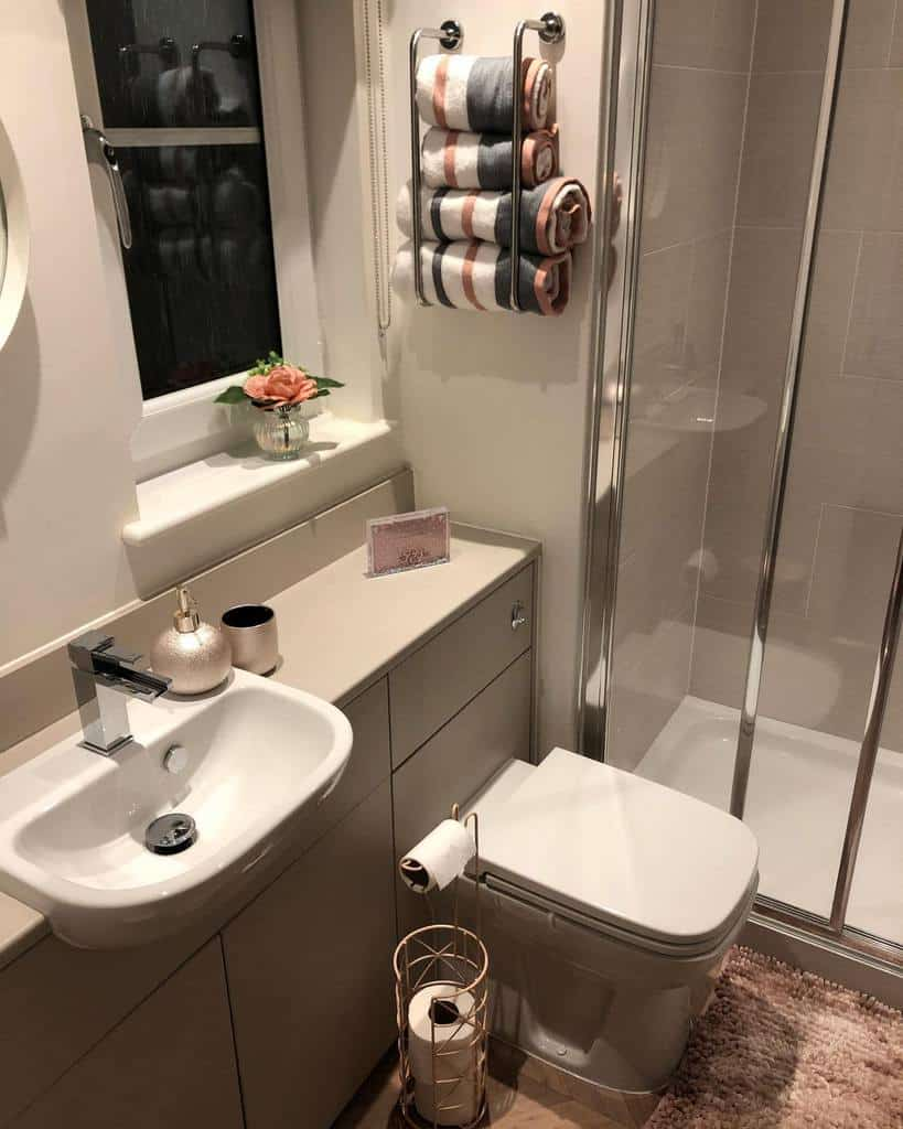 Bathroom Towel Holder Over The Toilet Storage Ideas -ourhome.atnum19