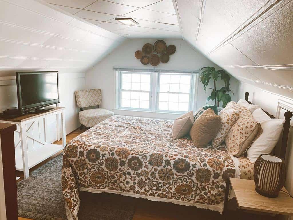 Bedroom Tiny House Ideas -emcopsey