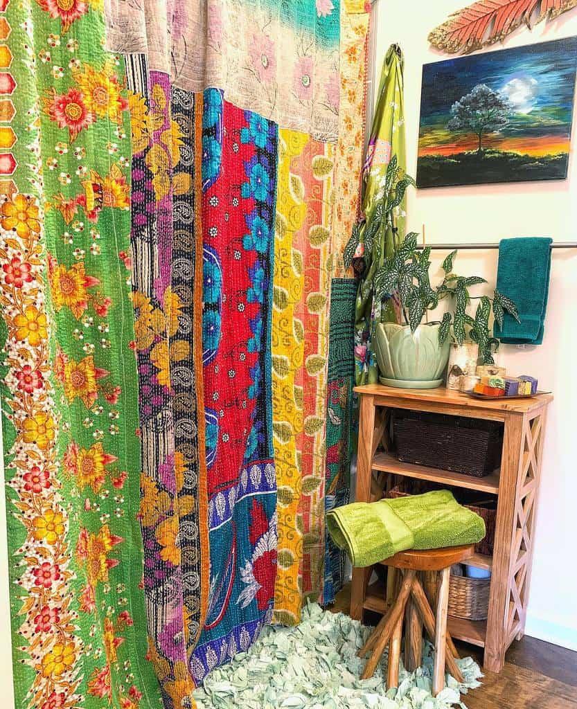 Boho Shower Curtain Ideas -the.rustic.bohemian