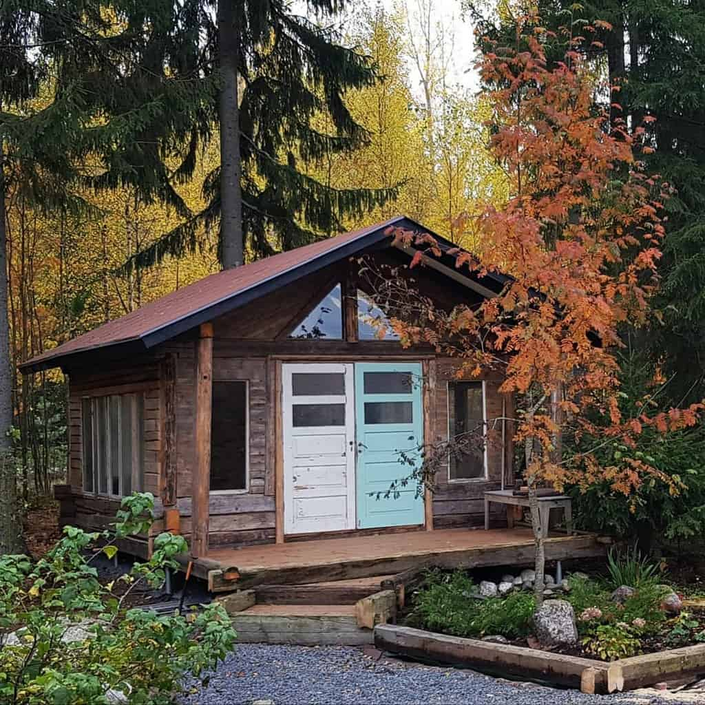 Cabin Small House Ideas -goodvibesshed