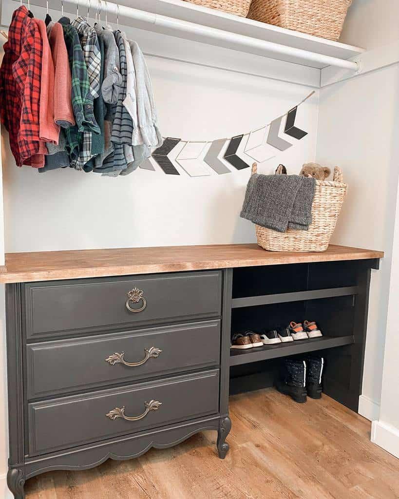 Children Clothes Storage Ideas -builds_by_kristen