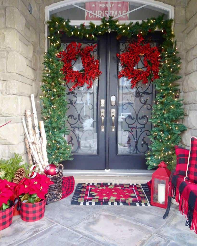 Christmas Front Porch Decorating Ideas -cozycoastal