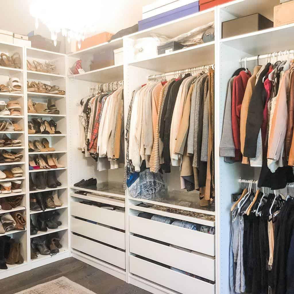 Closet Clothes Storage Ideas -doitallin_cuteshoes