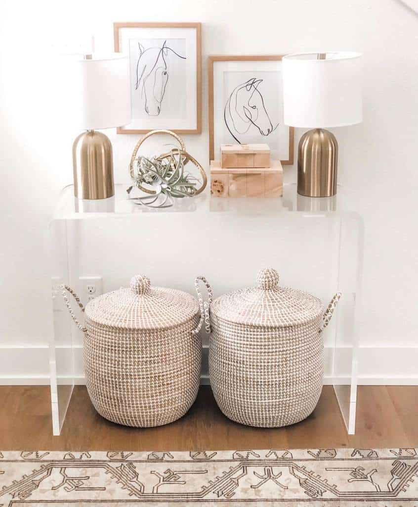 Console Table Small Entryway Ideas -lobrowning