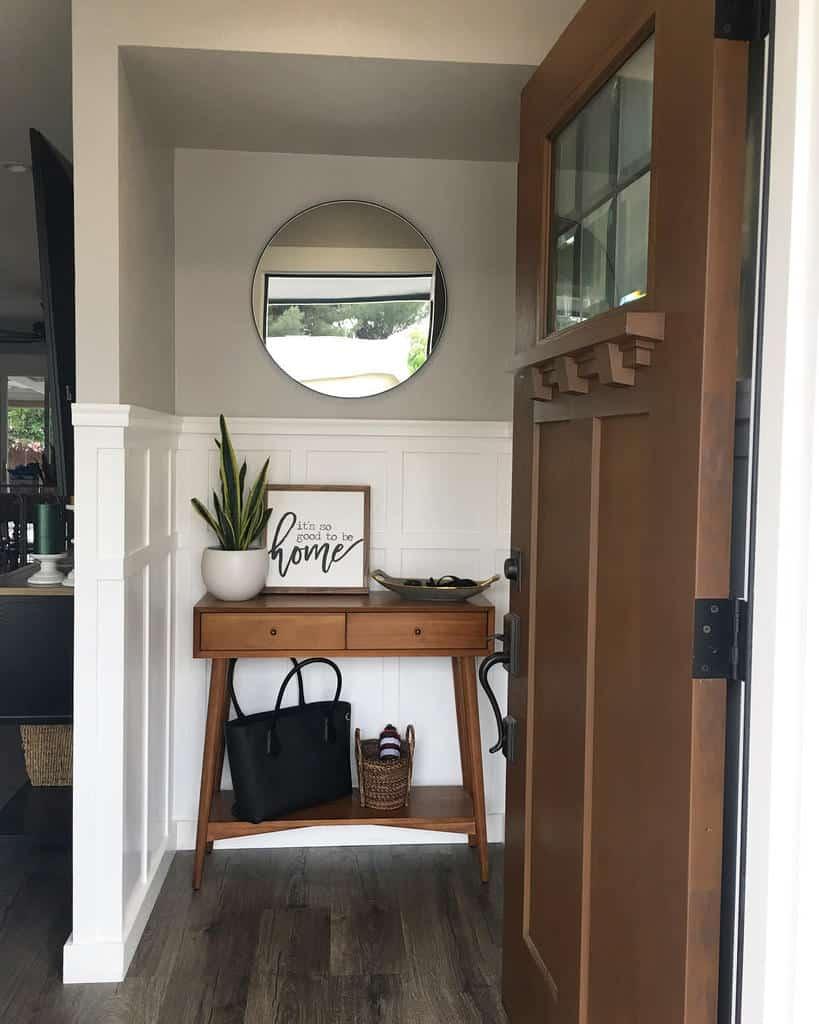 Console Table Small Entryway Ideas -natashabertolozzi