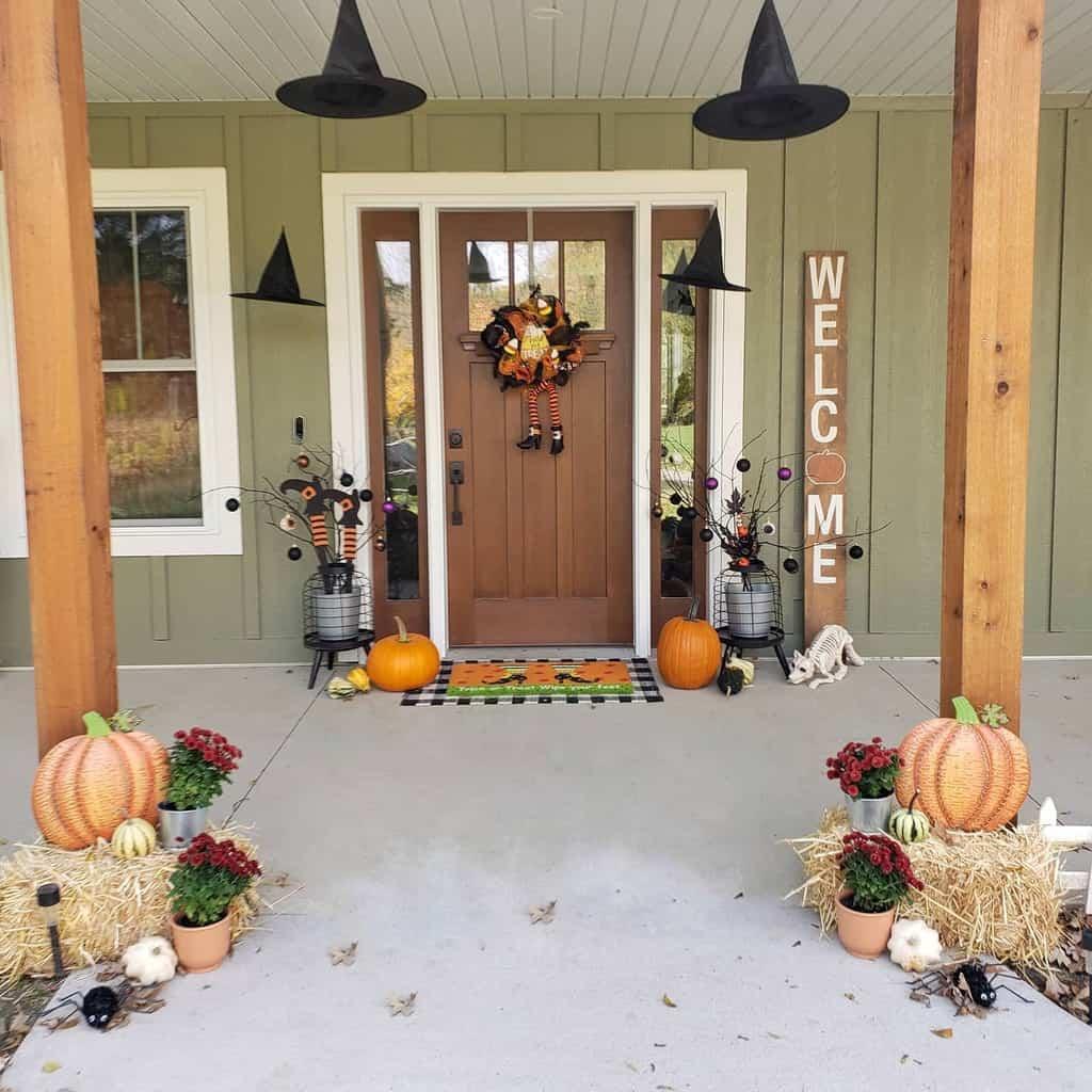 DIY Front Door Ideas -theheritagehomestead