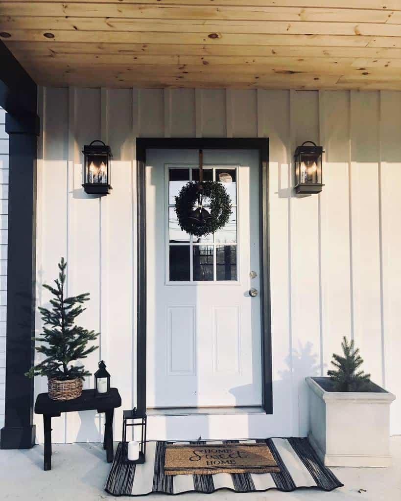 DIY Front Porch Decorating Ideas -sweetriverdesigns
