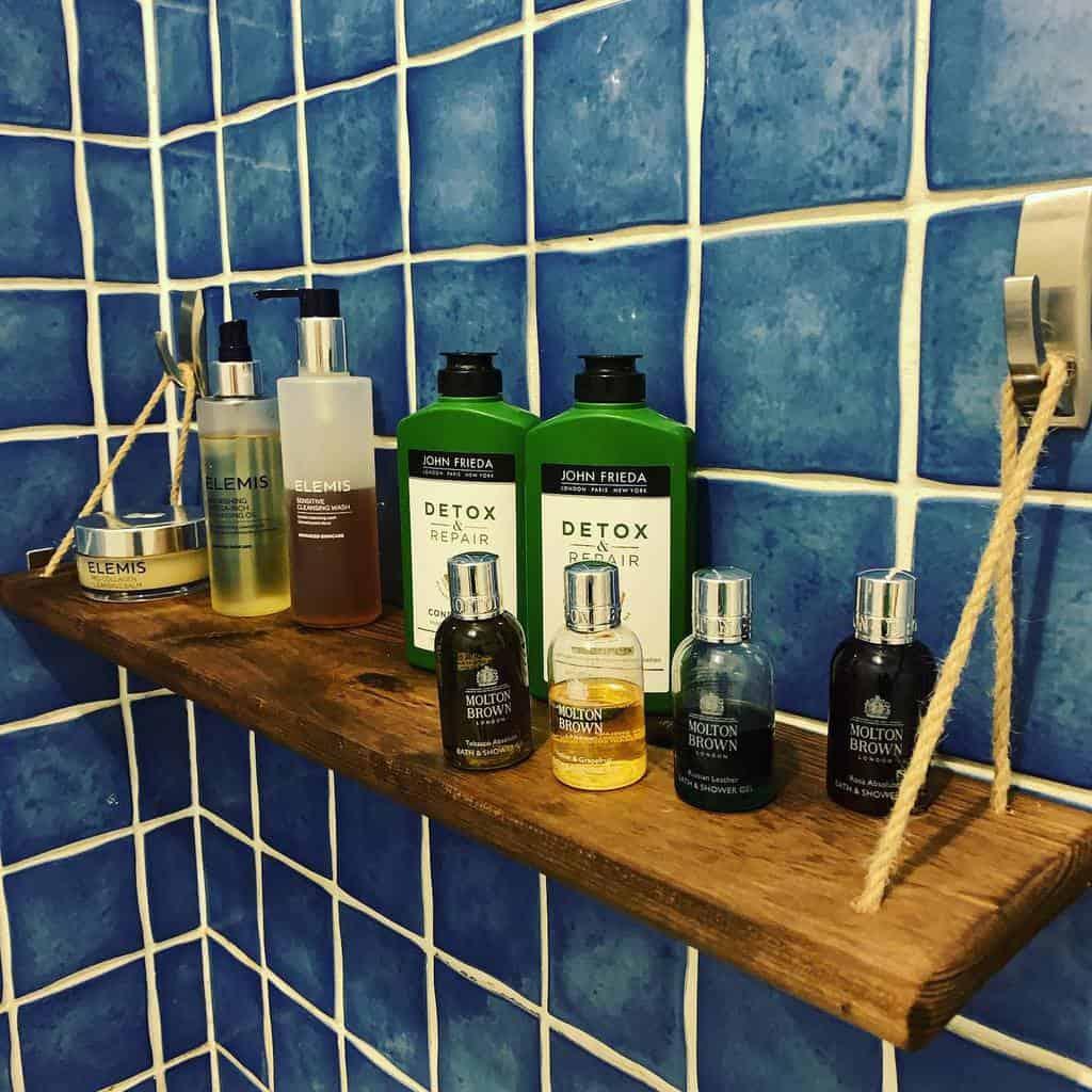 DIY Over The Toilet Storage Ideas -gosh.c