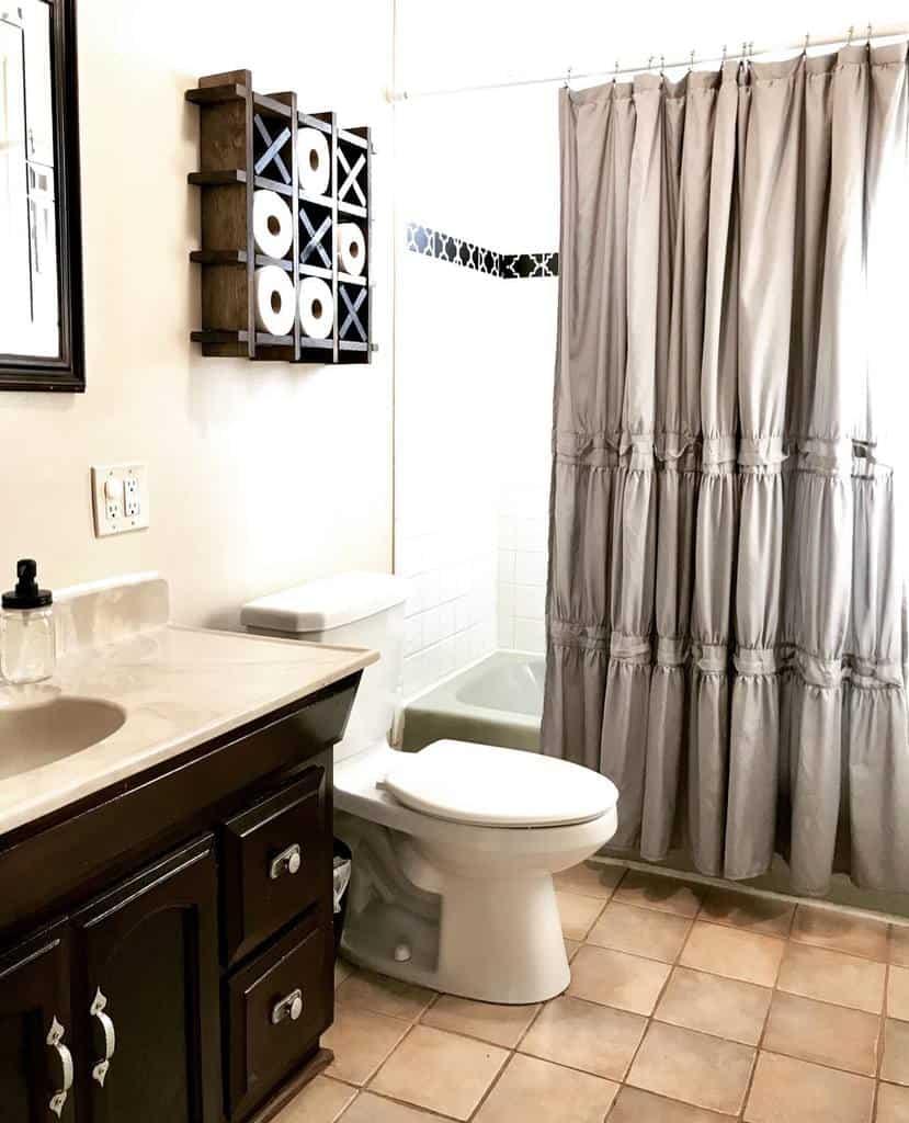 DIY Shower Curtain Ideas -flagcountryhouse