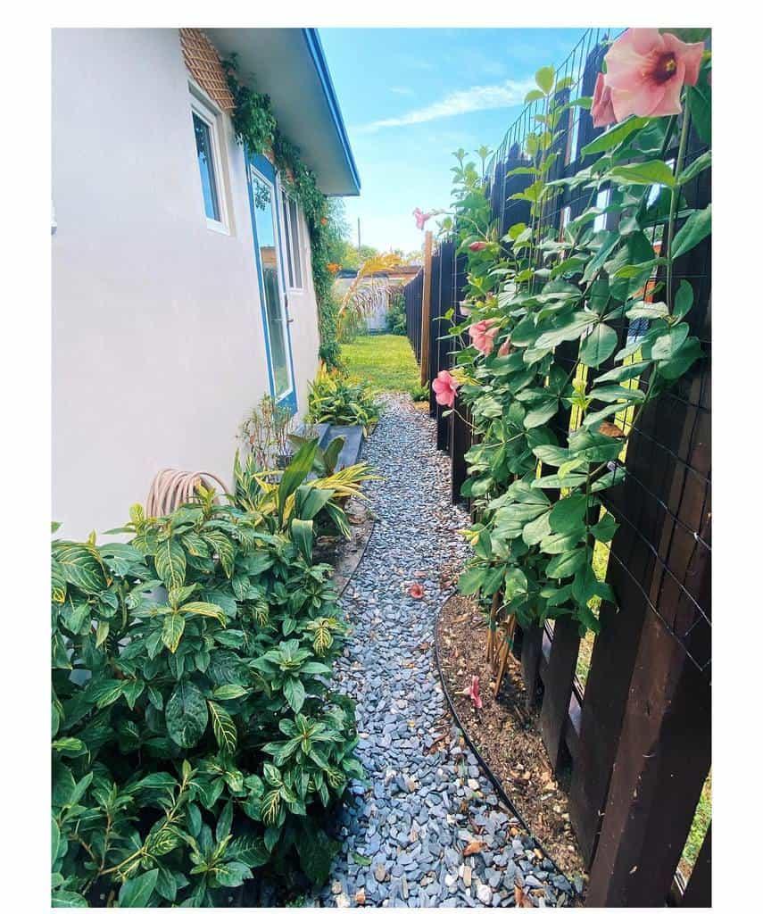 DIY Side Yard Ideas -living_rhooms