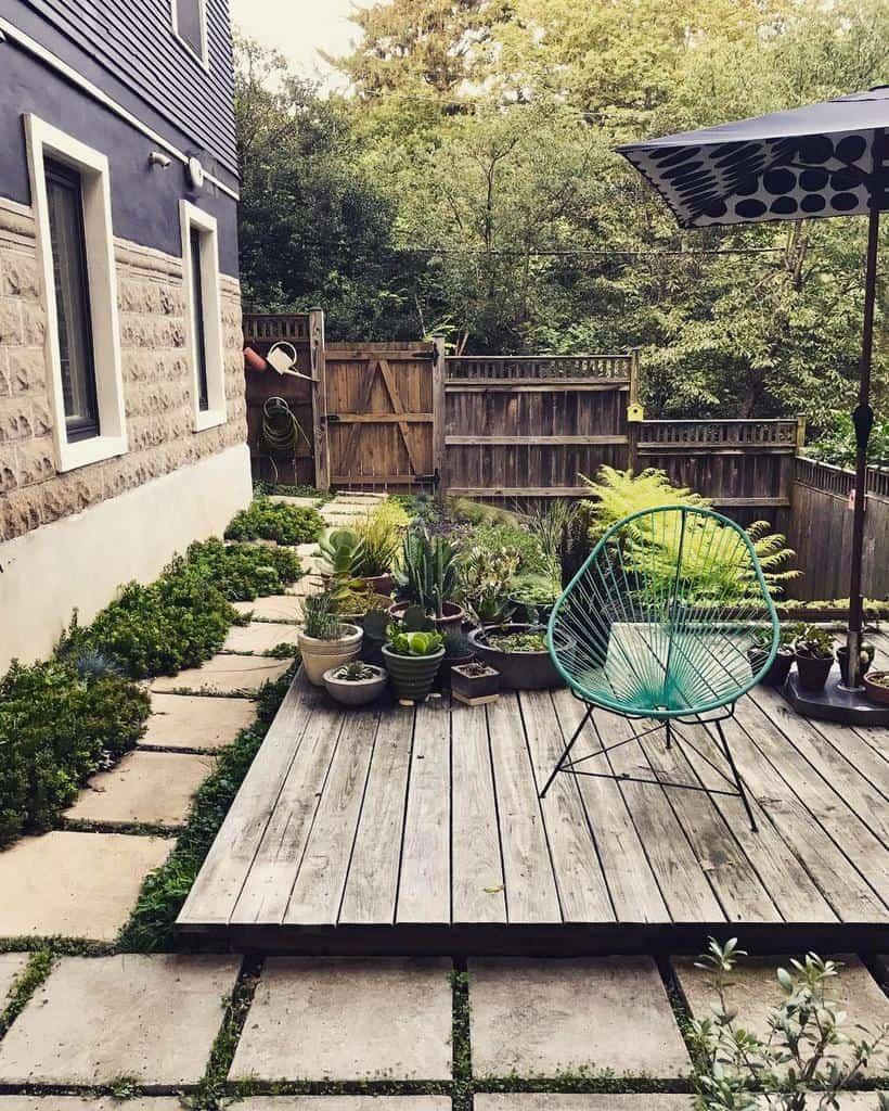 DIY Side Yard Ideas -persimmonstreet