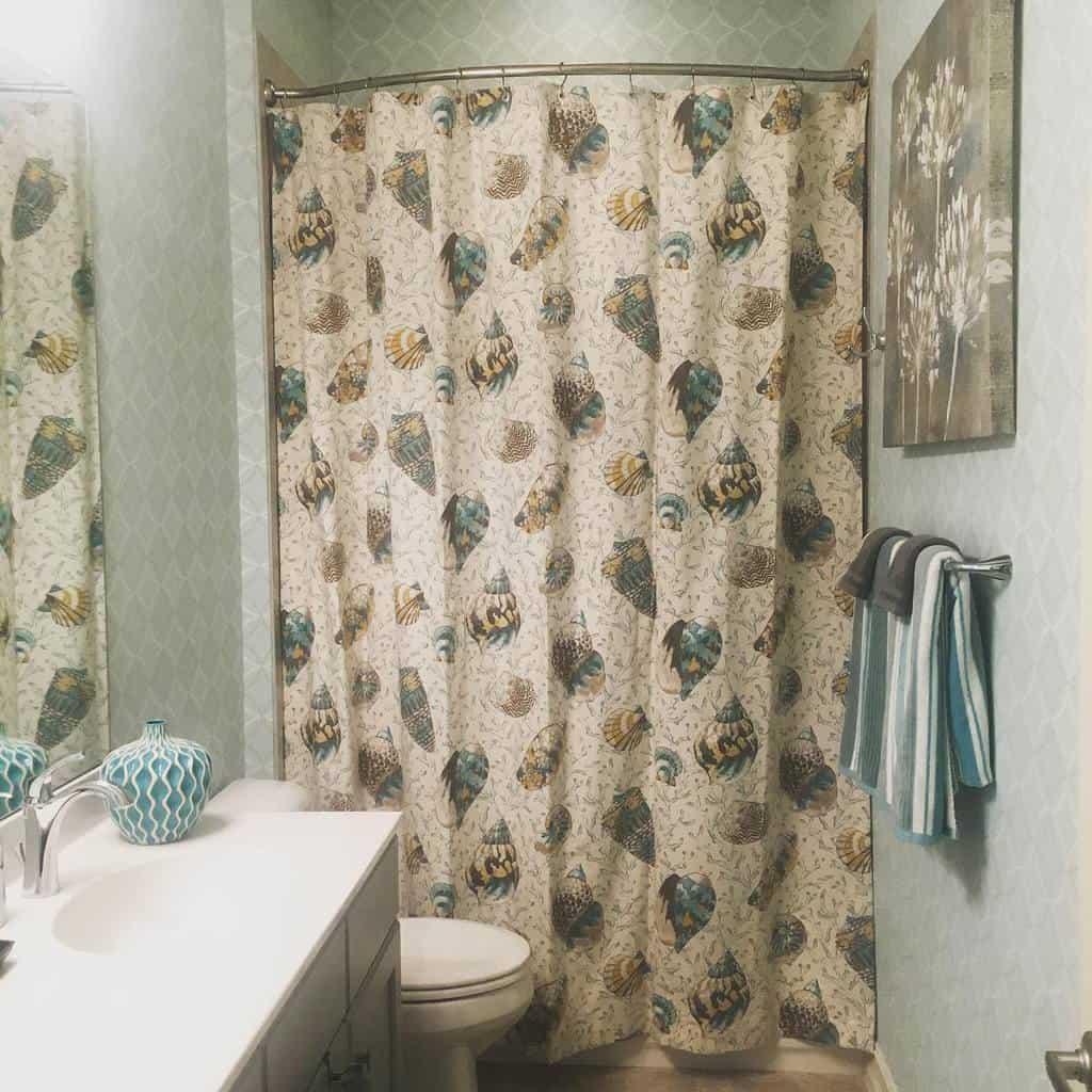 Design Shower Curtain Ideas -candicekelberinteriordesign