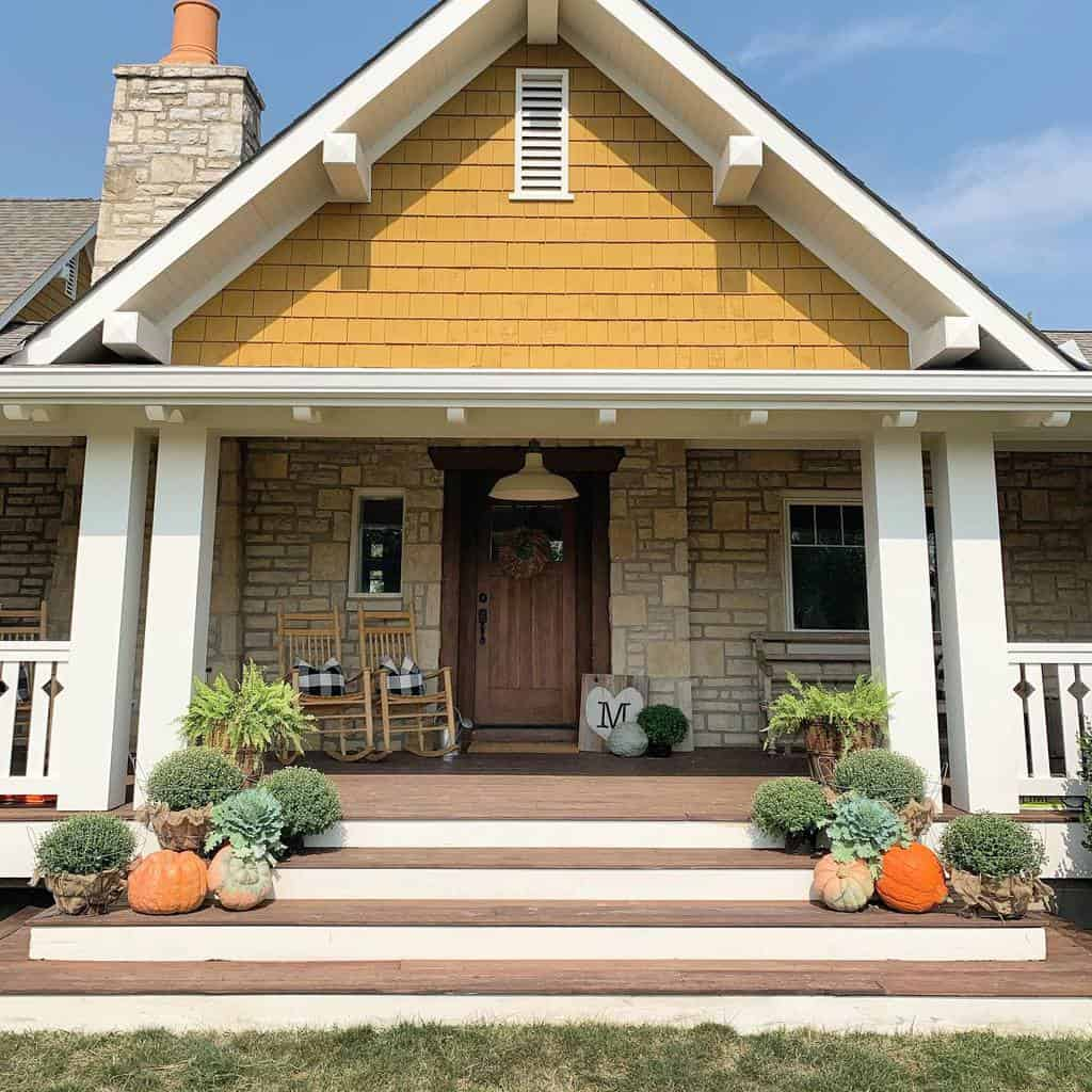 Farmhouse Curb Appeal Ideas -mojica.family.farm