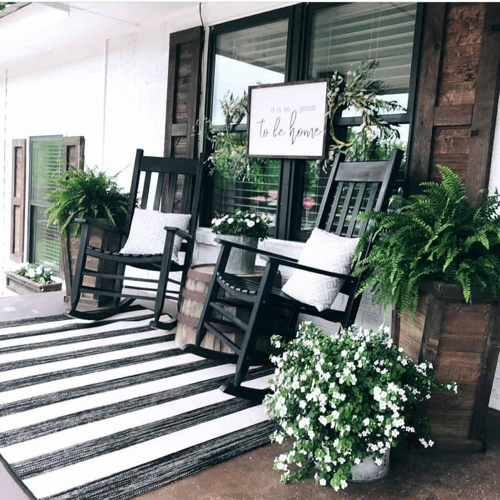 Farmhouse Front Porch Decorating Ideas -kristinanevans