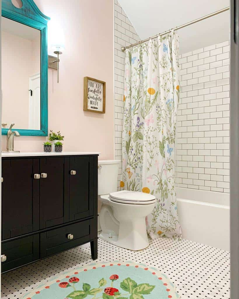 Farmhouse Shower Curtain Ideas -homeiswheremyheartsmiles