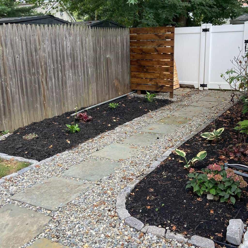 Fence Side Yard Ideas -craftedinnature