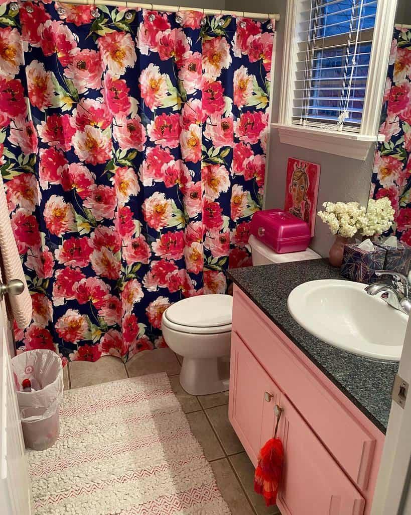 Floral Shower Curtain Ideas -junksavvymomma
