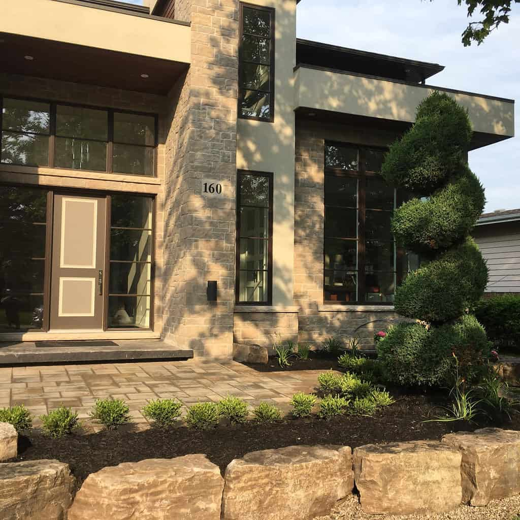 Front Yard Curb Appeal Ideas 2 -mapleridgelandscapes