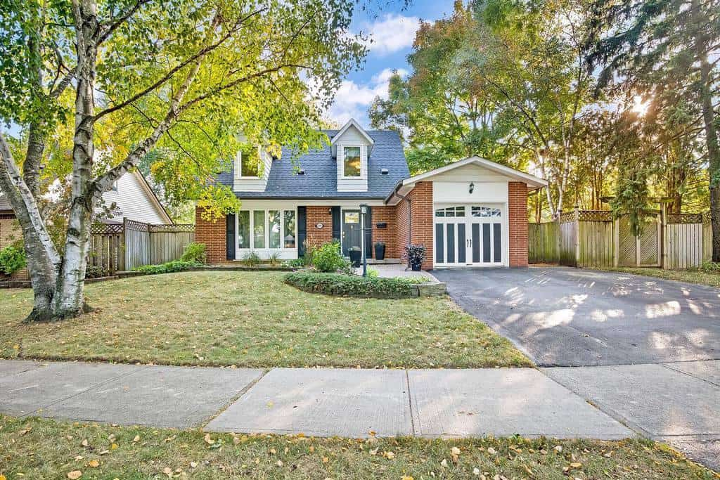 Front of House Curb Appeal Ideas -liannemariephoto_home