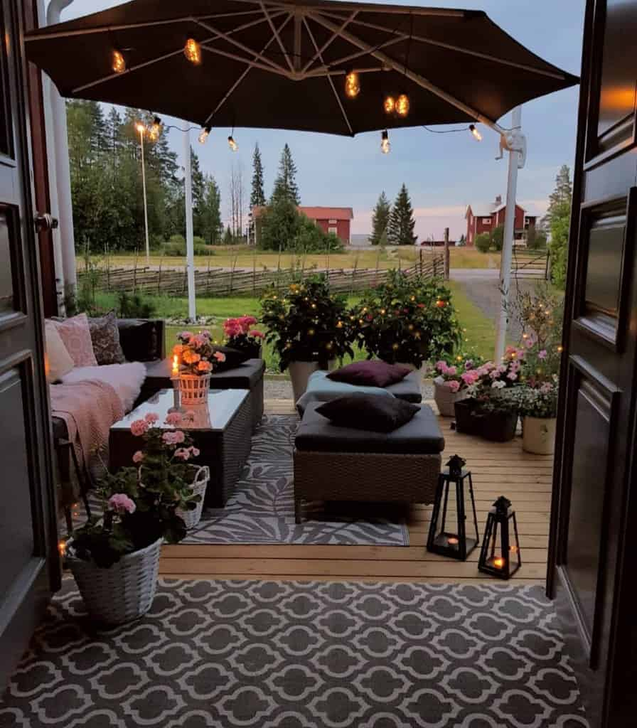Furniture Front Porch Decorating Ideas -mylittleredhouse