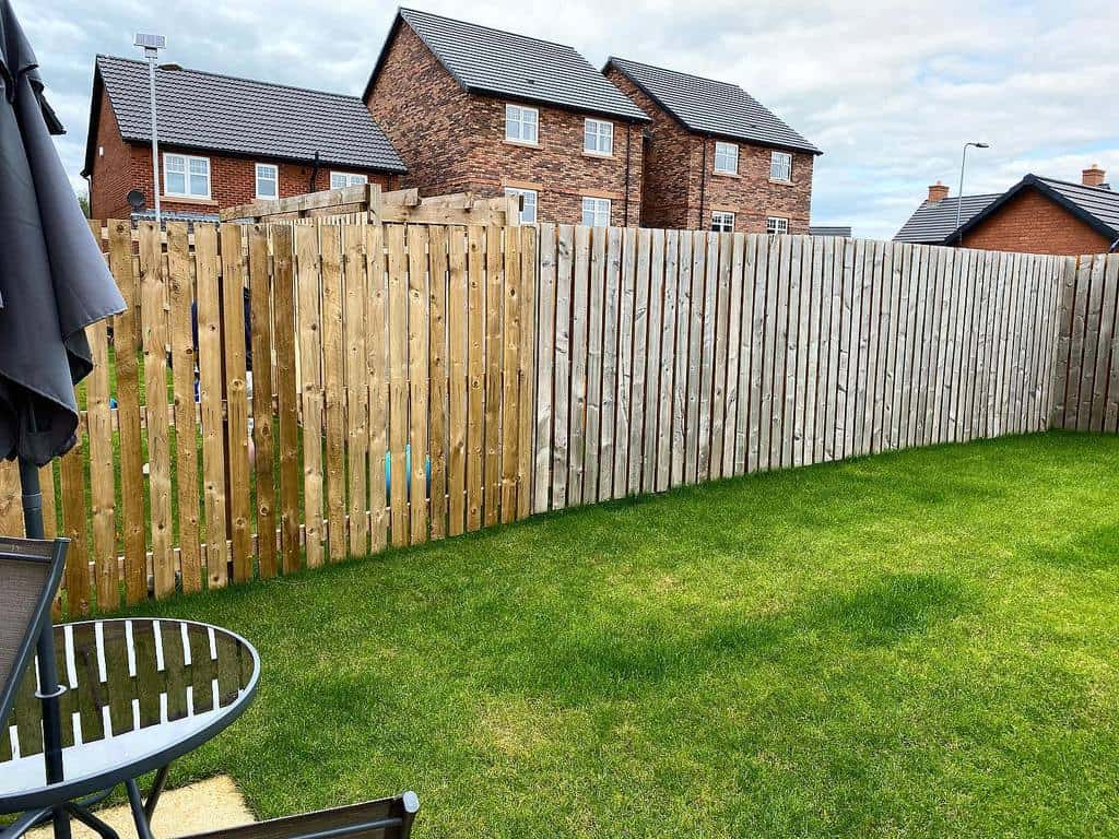 Garden Pallet Fence Ideas -ourstoryhome_12