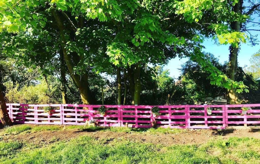Garden Pallet Fence Ideas -ourvantasticfamily