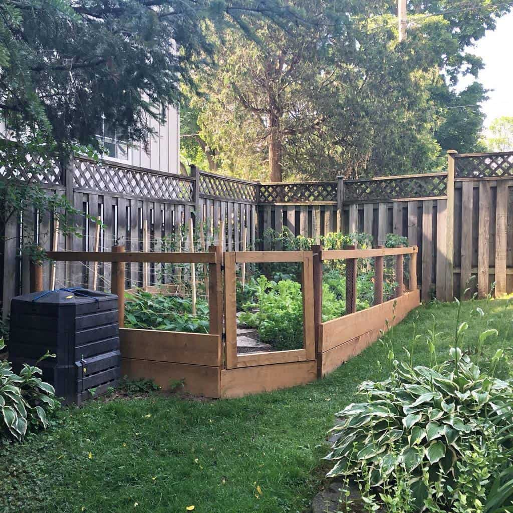 Garden Side Yard Ideas -makers_daughter
