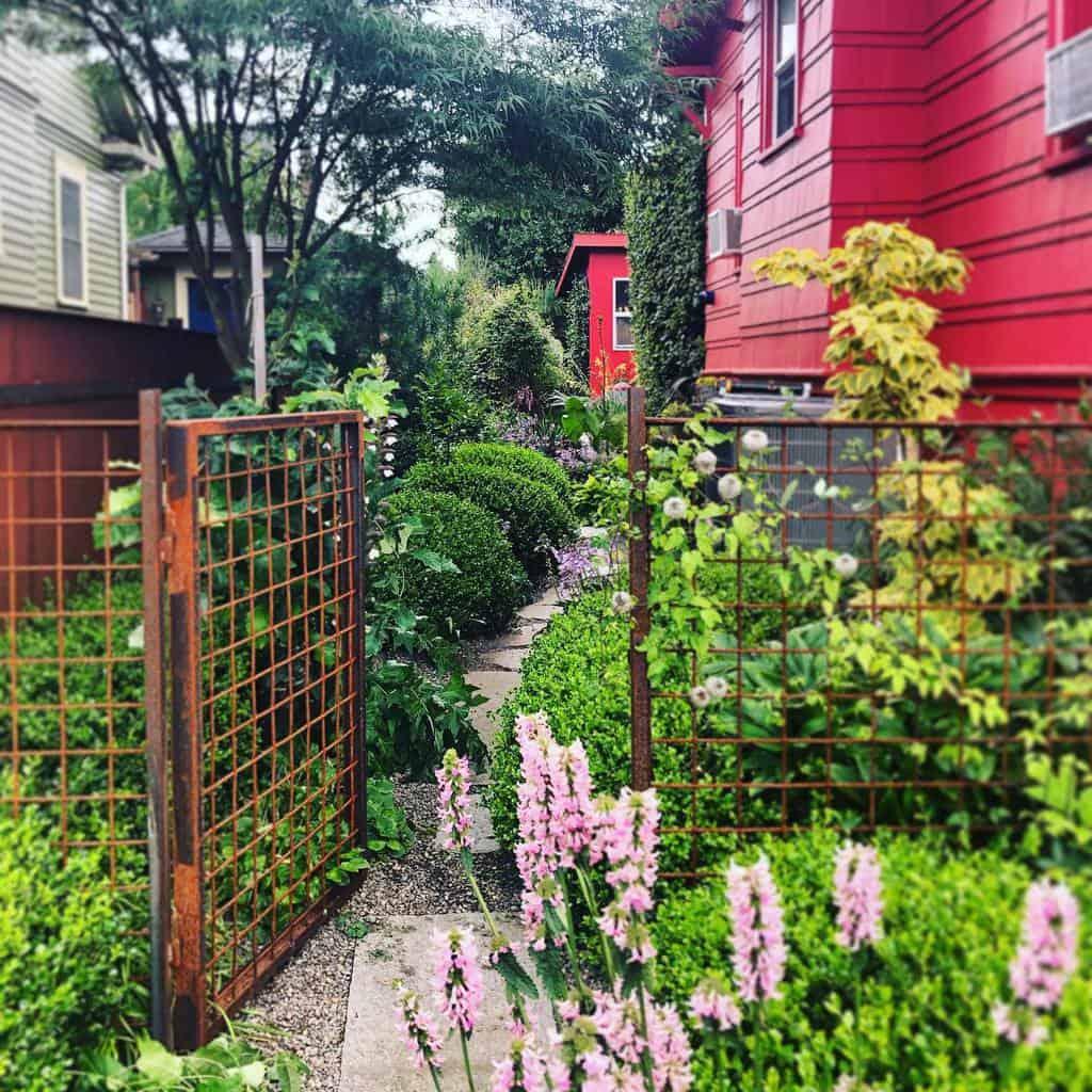 Garden Side Yard Ideas -paper.garden.workshop