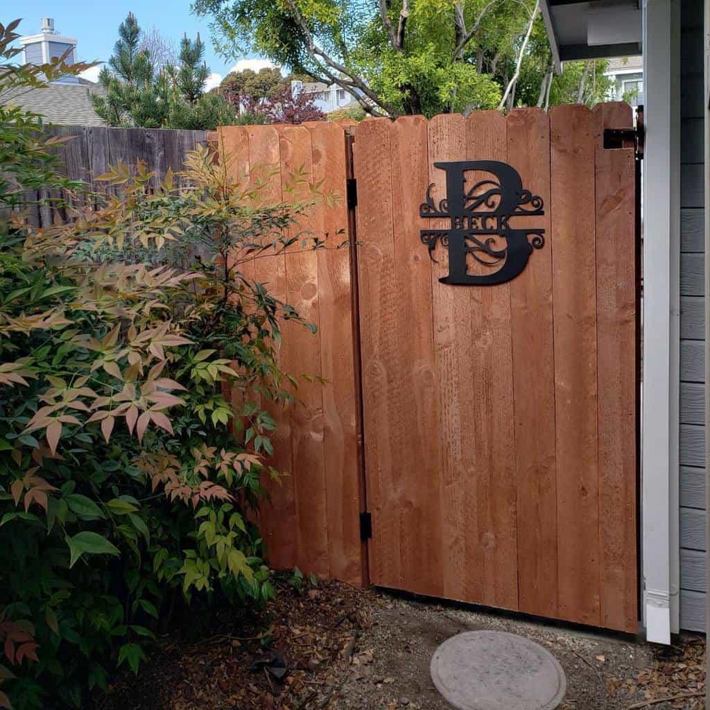 Gate Side Yard Ideas -chadbecksons