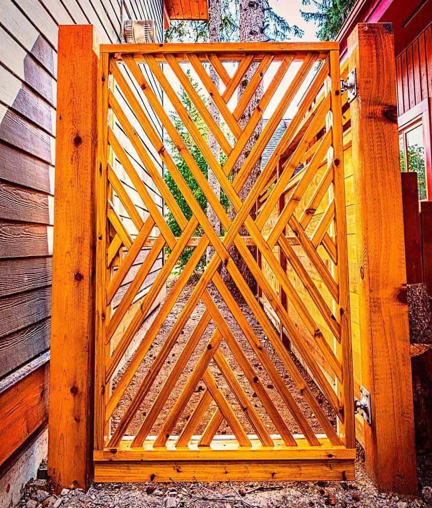 Gate Side Yard Ideas -solkor.ca