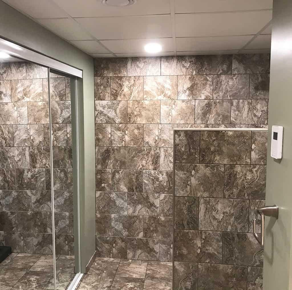 Half Wall Partition Doorless Walk In Shower Ideas -doubledeuce2121