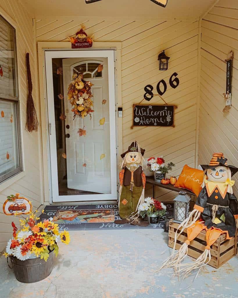 Halloween Front Porch Decorating Ideas -teandrea_dise