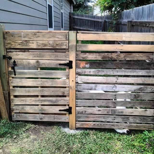 Horizontal Pallet Fence Ideas -dunnswood