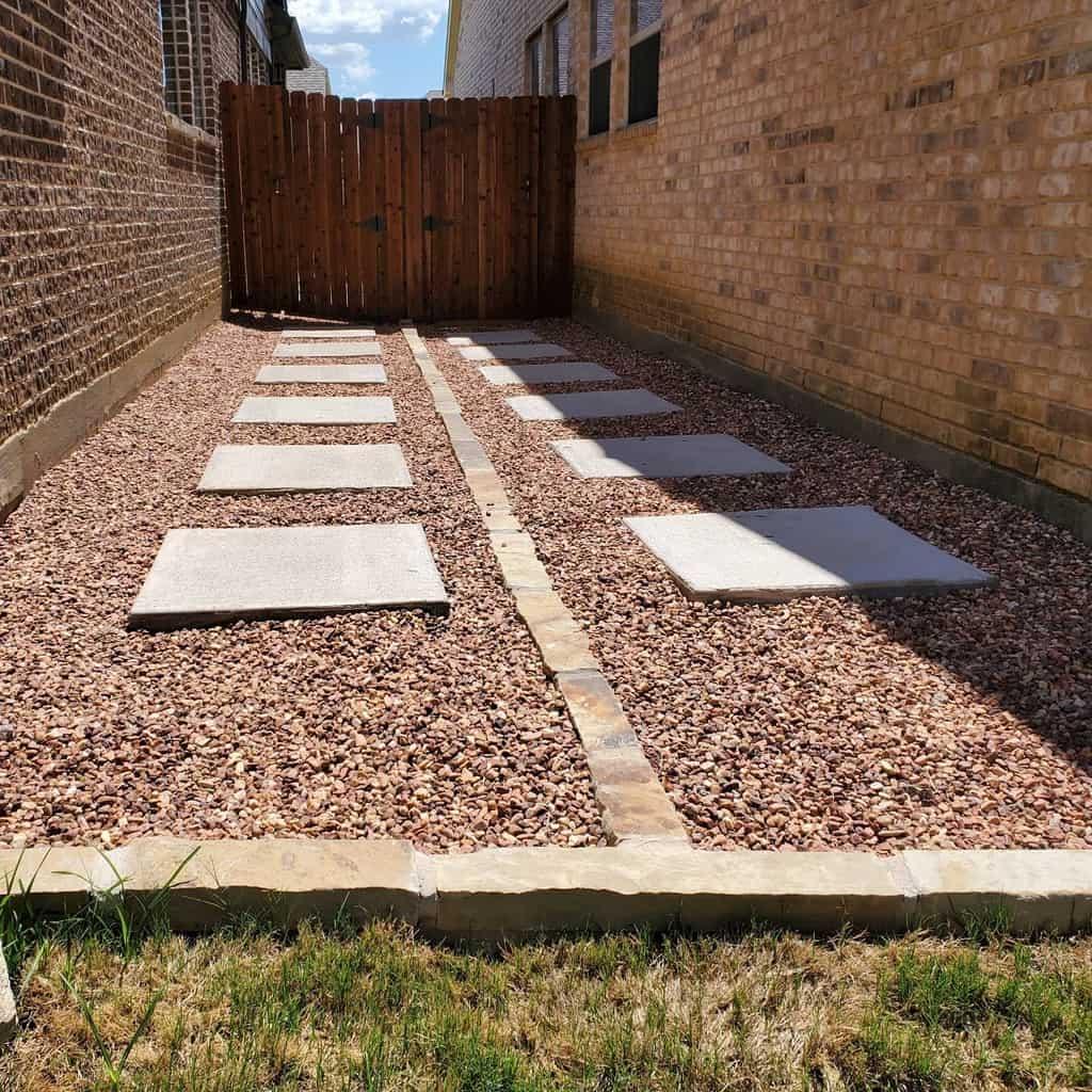 Landscape Side Yard Ideas -turfrocks